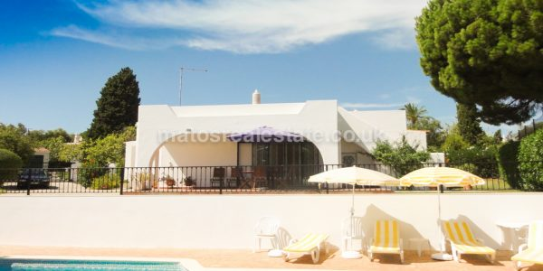 3 Bedroom Spectacular Villa with Beautiful golf views-5
