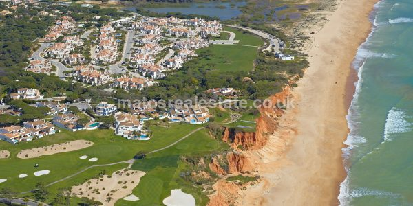 One Villa 12500 sqm Vale do Lobo Building Plot-2