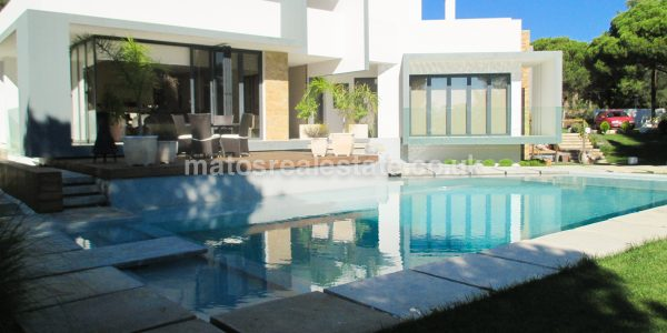 3 Bedroom Contemporary Villa In Vilamoura Golf Resort-6